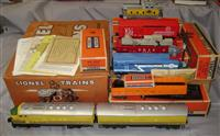 Nice Boxed Lionel 2379 RG Set